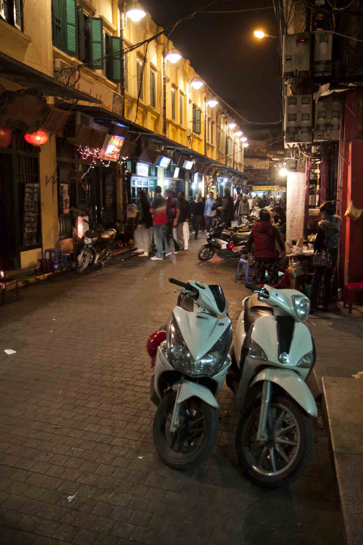 Hanoi street, in the Old Quarter