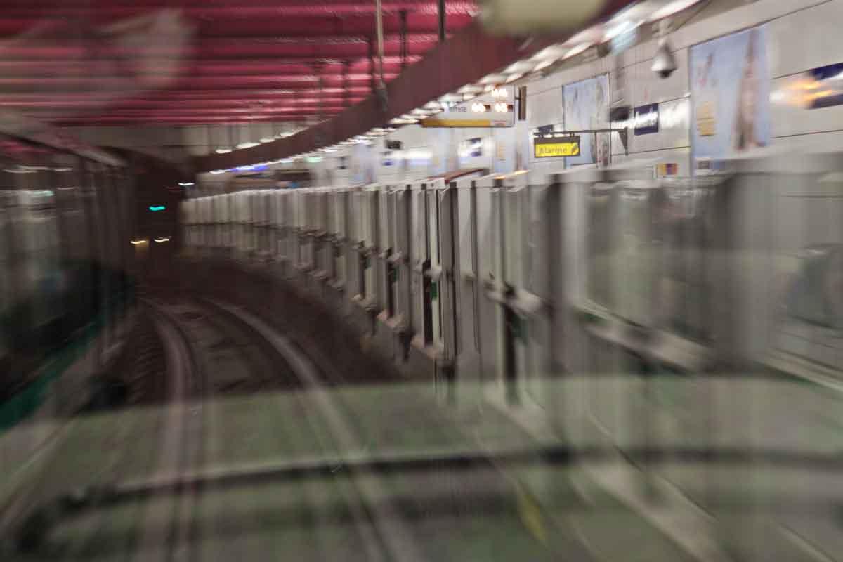 On the metro in Paris...sans driver!