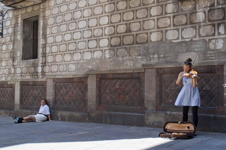 Violinist, Barcelona, Spain